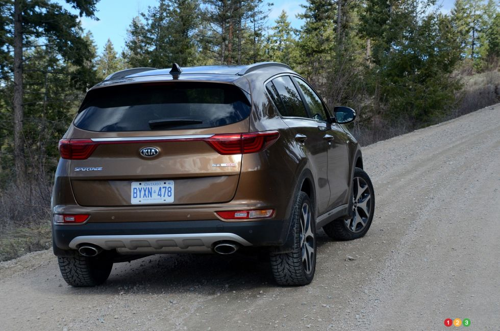2017 Kia Sportage rear 3/4 view
