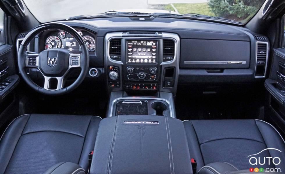 2017 Ram 1500 Ecosel Crew Cab Laramie Limited 4x4 Dashboard