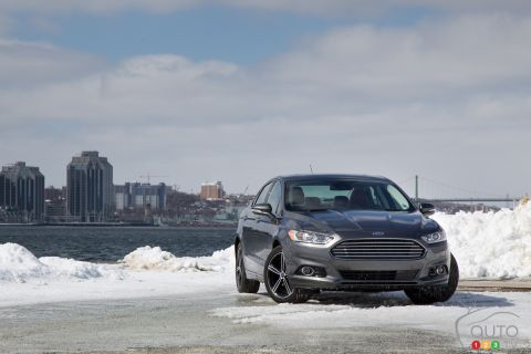 2015 Ford Fusion 2.0T AWD titanium pictures