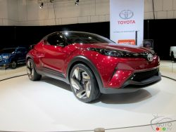 Picture gallery of the Toyota C-HR concept