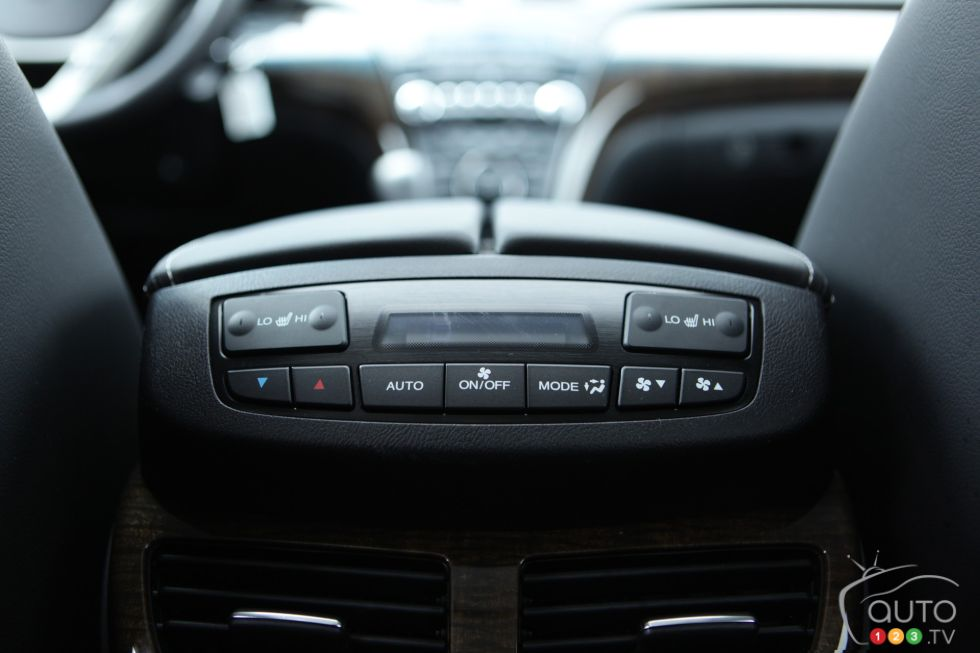 Rear air conditionning controls