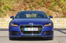 It's hard to revamp an iconic car such as the Audi TT, the third generation of the stylish coupe marks enough of an evolution. Similar to Audi's latest models, the new 2016 TT appears more muscular -- maybe not to the untrained eye, but still. More powerful and more agile, the new TT is also more comfortable.