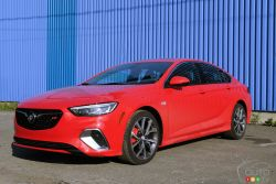 Photos of the Buick Regal Sportback GS