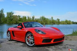 How is the new 2017 Porsche 718 Boxster S?