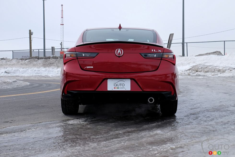 We test drive the 2019 Acura ILX A-Spec