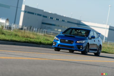 2016 Subaru WRX STI pictures