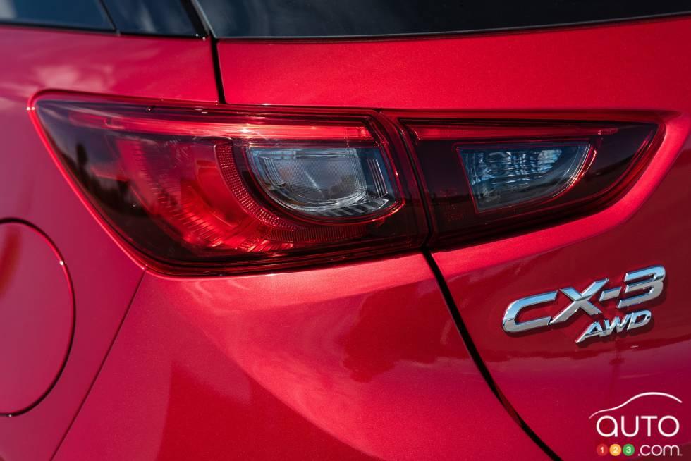 2016 Mazda CX-3 GT Tail light