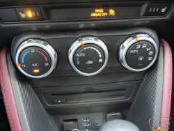 Heating system (Mazda CX-3)