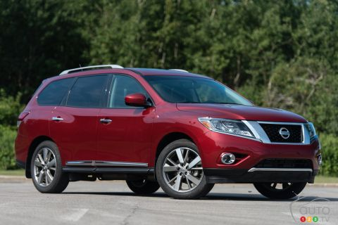 Photos de la Nissan Pathfinder Platinum AWD 2015