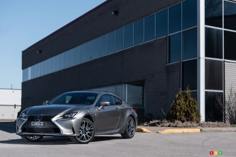 Photos de la Lexus RC350 AWD F sport 2015