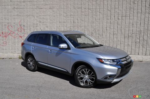 Photos du Mitsubishi Outlander ES AWD 2016
