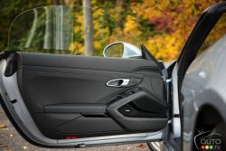 2017 Porsche 718 Boxster door panel