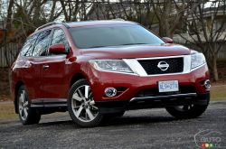 There's a big bright world out there, and with a little help from the 2015 Pathfinder,® you're ready to see more.