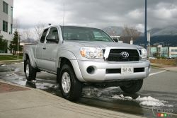 Available with a four or six-cylinder engine, manual or automatic transmission and a wide selection of body styles ranging from Regular Cab, Access Cab (an extended cab with small rear-hinged doors) and Double Cab (crew cab with four full-size front hinged doors); this Tacoma offers buyers just as much choice with this mid size as they would with a full size.