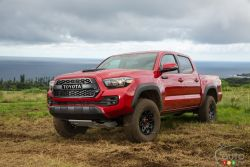 An off-road-specialist pickup