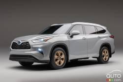 Introducing the 2022 Toyota Highlander Bronze Edition