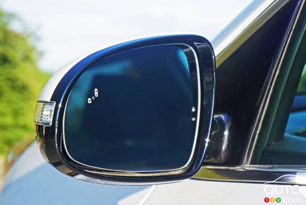 2017 Kia Sportage mirror