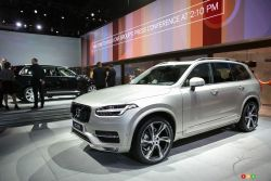 See our gallery of pictures of the 2016 Volvo XC90 from the show floor of the 2014 Los Angeles auto show 2014.