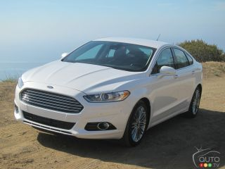 2013 Ford Fusion photo gallery