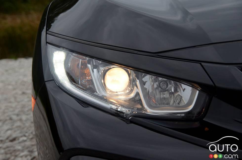 2017 Honda Civic Hatchback Headlight