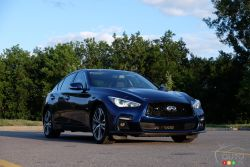 We drive the Infiniti Q50 pictures