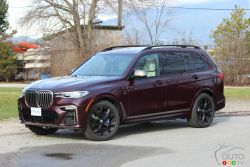 We drive the 2020 BMW X7 M50i