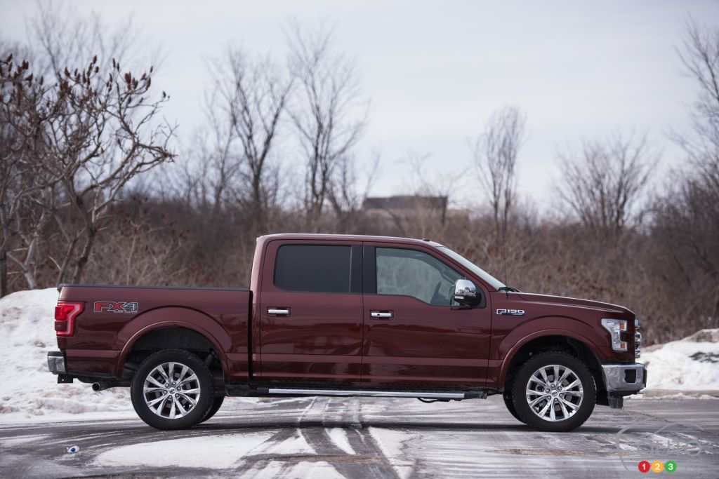 The 2016 Ford F-150 SuperCrew LARIAT 4x4 is at it again | Car Reviews | Auto123