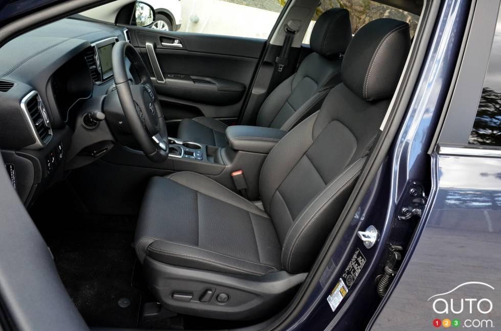 2017 Kia Sportage front seats