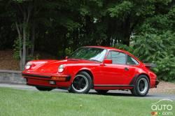 We drive the 1986 Porsche 911 Carrera