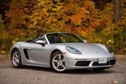The new Boxster is a sequel that continues the 718 era. At his heart, a four-cylinder turbocharged boxer engine beats with the same fighting spirit that delivered countless podium finishes.