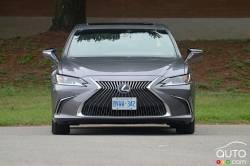 We drive the 2021 Lexus ES 250 AWD