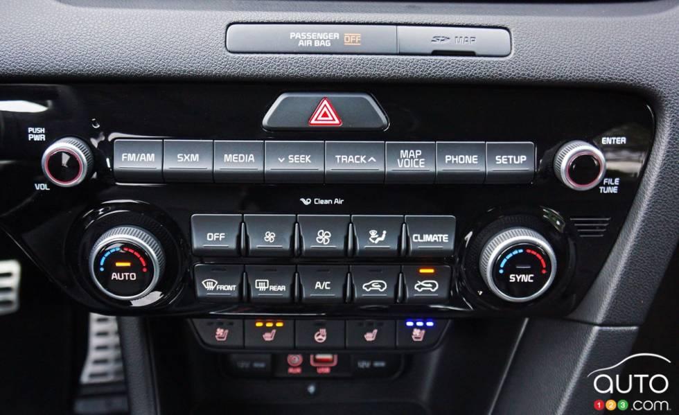 2017 Kia Sportage climate controls