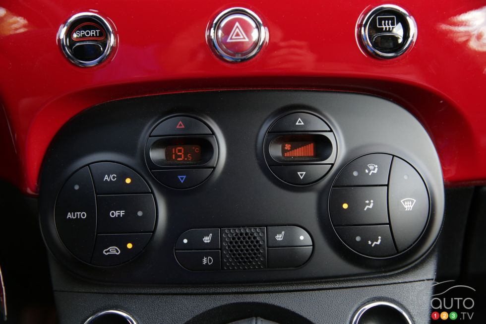 photos de la fiat 500c abarth 2013 sur. Black Bedroom Furniture Sets. Home Design Ideas