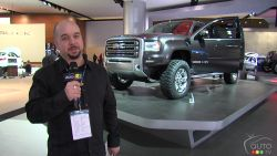 GM's super-size - Obviously based on GM's full-size HD platform, the Concept uses a modified version of the pickup's 4WD system, the new 6.6-litre Duramax Diesel that produces 397 horsepower and 765 pound-feet of torque and the Allison 1000 six-speed automatic transmission.