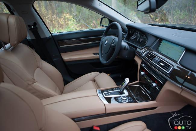2013 BMW 740Li Interior