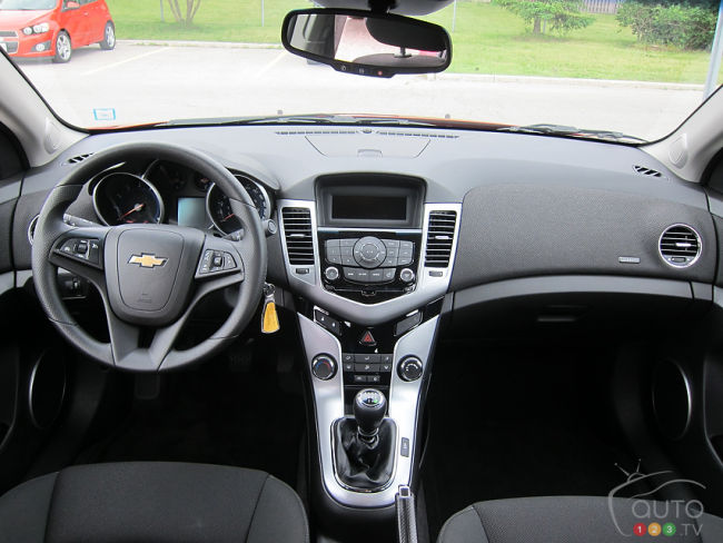 Chevrolet Cruze Eco 2012 tableau de bord