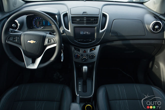 2013 compact crossover alternatives comparison test 2013 chevrolet trax inside sciox Image collections