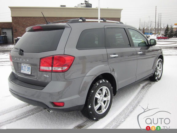 2012 Dodge Journey R/T AWD rear 3/4 view