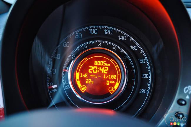2013 Fiat 500 Turbo cluster