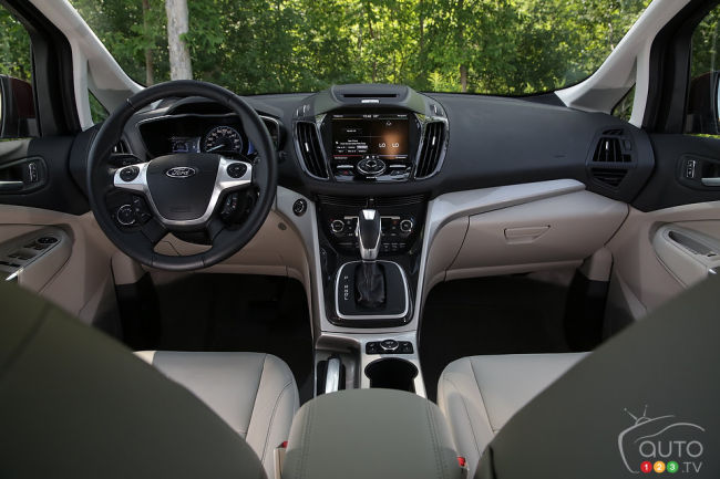 2014 Ford C-MAX Energi cabin