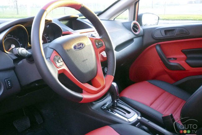 2012 Ford Fiesta Hatchback SES dashboard
