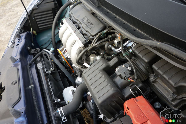 2012 Honda Fit LX engine