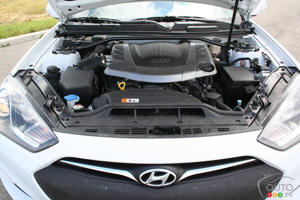 2014 Hyundai Genesis Coupé 3.8 GT Engine