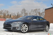 2015 Tesla Model S P85 Review