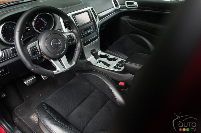 2012 Jeep Grand Cherokee SRT8 dashboard