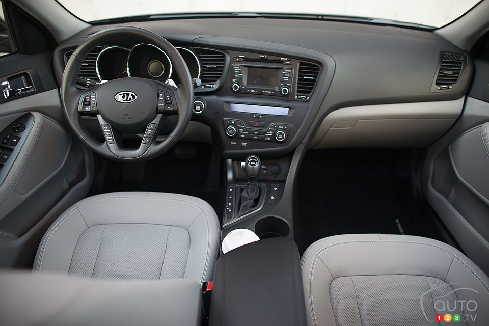 Lovely 2012 Kia Optima EX Turbo Interior