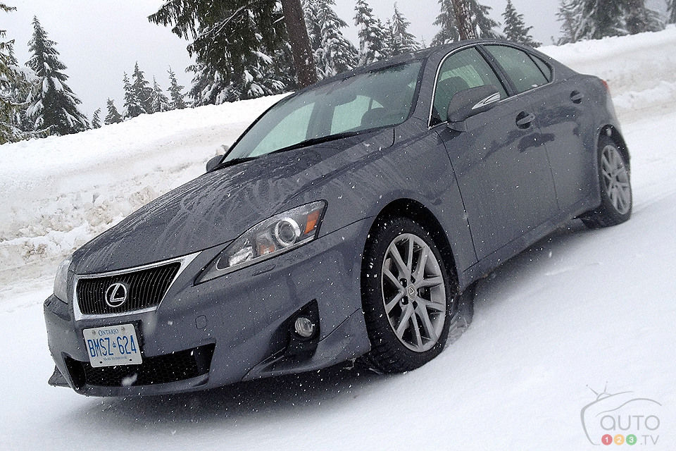 2013 Lexus IS 250 AWD 3/4 Front View
