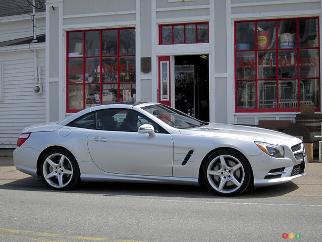 Mercedes-Benz SL 550 2013 vue c&ocirc;t&eacute; droit