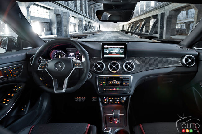 2014 Mercedes Benz A 45 AMG 4MATIC cabin