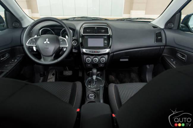 2015 Mitsubishi RVR 2.4L Limited